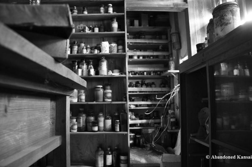 abandoned-pharmacy